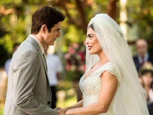 O dia do casamento de Régis (Reynaldo Gianecchini) e Maria da Paz (Juliana Paes) vai chegar na novela 'A Dona do Pedaço'.