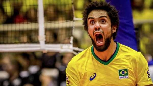 """""""Cachopa"""" foi o titular do Brasil nas primeiras semanas da Liga"""