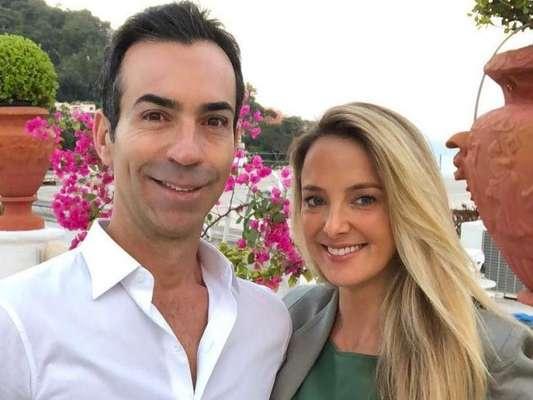 Ticiane Pinheiro elogia Cesar Tralli ao vê-lo com Manuella no colo nesta quinta-feira, dia 18 de julho de 2019