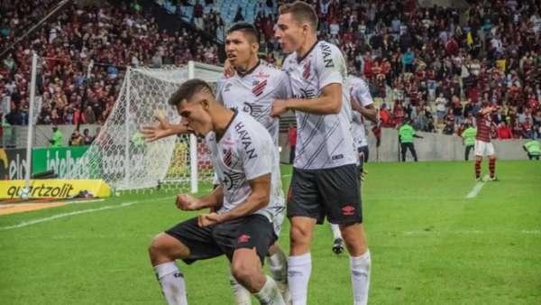 Confira a seguir a galeria especial do LANCE! com imagens do jogo entre Flamengo e Athletico nesta quarta