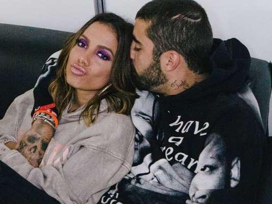 Anitta ganha chamego de Pedro Scooby e promoter faz vídeo de beijo: 'Uma vela'