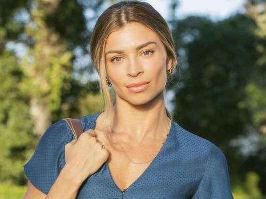 Paloma (Grazi Massafera) descobre que tem uma doença terminal na novela 'Bom Sucesso'