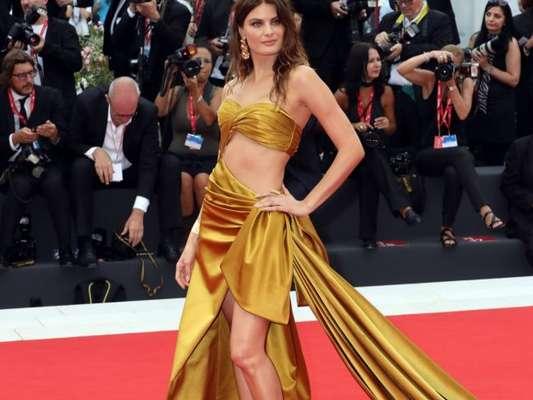 As tendências de moda das famosas no Festival de Cinema de Veneza