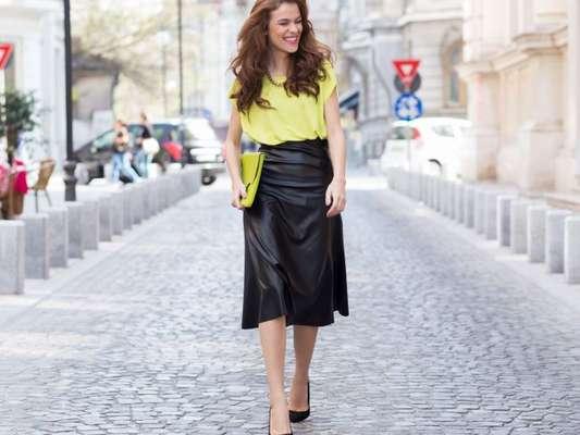 10 formas de usar o couro na moda do verão