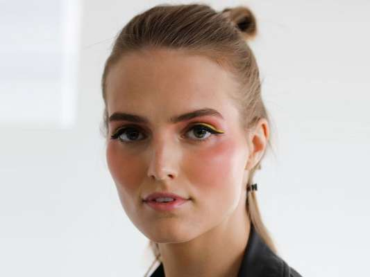 Maquiagem verão 2020: veja o que estará em alta na estação