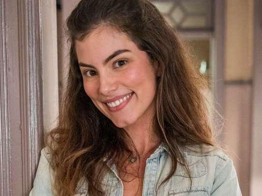 Joana (Bruna Hamú) e Maria da Paz (Juliana Paes) têm primeiro encontro conturbado na novela 'A Dona do Pedaço'