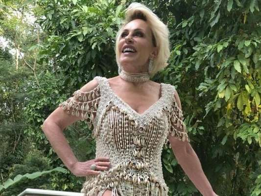 Ana Maria Braga usou vestido que estilista brasileira fez para Beyoncé nesta sexta-feira, 13 de setembro de 2019