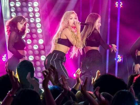 Luísa Sonza agita a web com coreografia de funk no 'Dança dos Famosos', em 22 de setembro de 2019