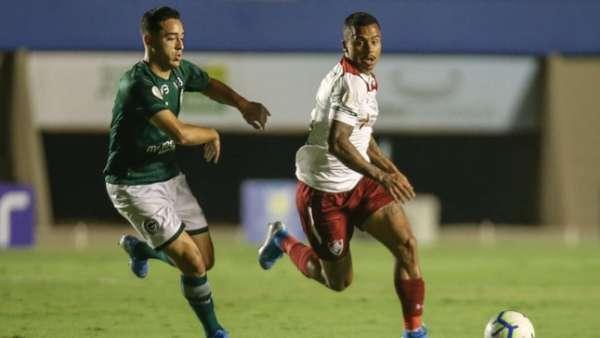 Veja as fotos do duelo entre Goiás e Fluminense, no Serra Dourada