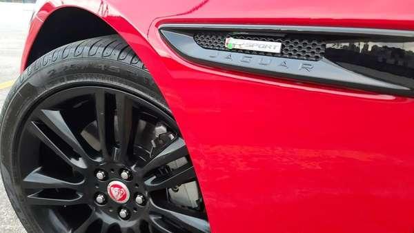 Jaguar XE R-Sport 2.0