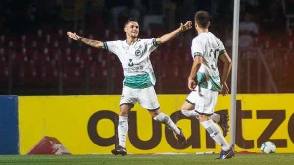 Veja imagens de São Paulo 0 x 1 Goiás