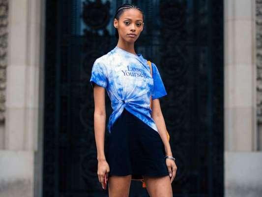 Moda verão 2020: tie-dye promete ser a estampa da temporada!