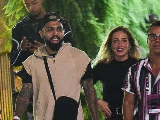 Gabigol e Bruna Griphao deixaram, com amigos, o Rock in Rio na madrugada deste domingo, 6 de outubro de 2019