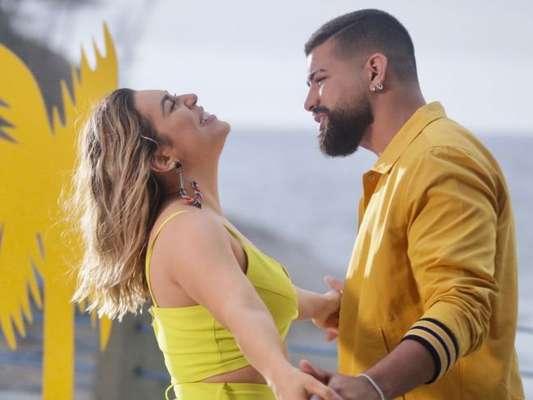 Naiara Azevedo troca de looks e aposta em roupas coloridas para gravação de clipe nesta terça-feira, dia 08 de outubro de 2019