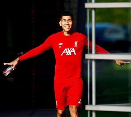 Roberto Firmino: o atacante do Liverpool e da Seleção Brasileira foi até meme na Copa do Mundo da Rússia por conta do sorriso brilhante que desperta inveja. E com a Champions League da temporada passada e bom início na atual, não vai faltar sorriso para o atacante.