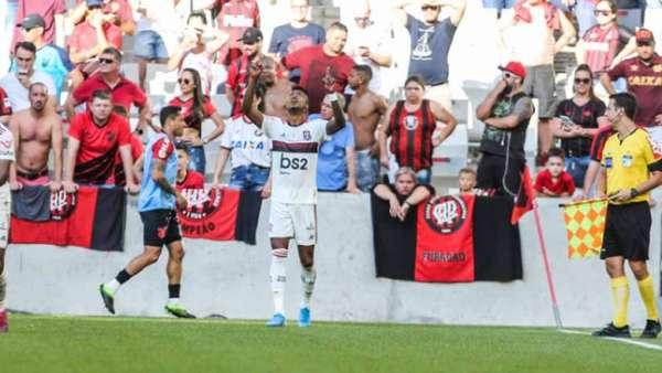 Confira a seguir a galeria especial do LANCE! com imagens da vitória do Flamengo sobre o Athletico