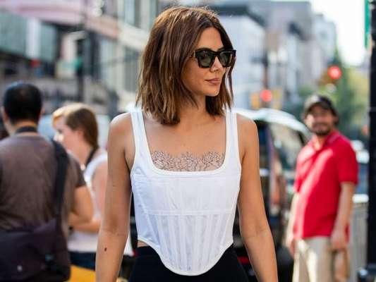 Tendência de moda: 7 looks do street style que vão te convencer a dar uma chance ao espartilho (ou corset)!