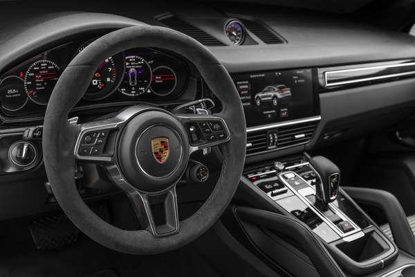 Novo Porsche Cayenne Coupé.