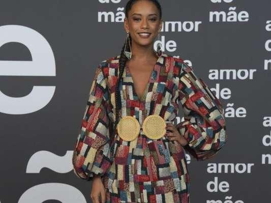 Moda das famosas na festa da novela 'Amor de Mãe': look com trends para inspirar!