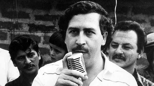 Pablo Escobar - Narcotraficante que residiu em Medellín comandou era de terror na Colômbia nas décadas de 1980 e 1990