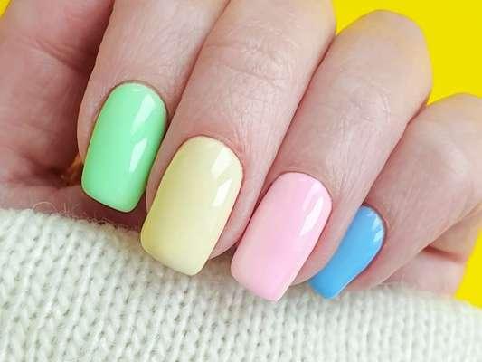 Unhas de verão! Inspire-se em nail arts para copiar na estação mais quente ano!