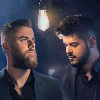 """A dupla sertaneja Zé Neto & Cristiano tem lançamentos previstos de faixas inéditas do EP """"Por Mais Beijos Ao Vivo"""", entre Janeiro e Fevereiro, e também são apostas para o carnaval 2020."""