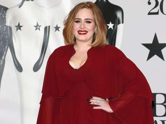 Adele revela perda da peso em conversa com fã: 'Está muito feliz'. Veja mais em matéria nesta sexta-feira, dia 10 de janeiro de 2020