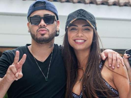 Kevinho e Gabriela Versiani passaram fim de semana juntos em Jurerê, em Santa Catarina