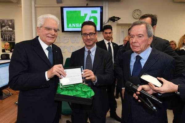 Sergio Mattarella visita sede da ANSA, em Roma