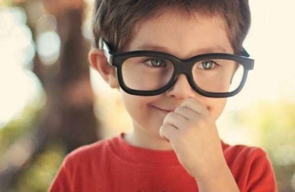 Cuidando bem dos olhos - 10 de julho é o Dia Mundial da Saúde Ocular e são comuns dúvidas sobre cuidados com esse órgão. Por isso, o oftamologista do Complexo Hospitalar Edmundo Vasconcelos, Gustavo Takahashi, desvenda mitos e verdades sobre a saúde dos olhos.