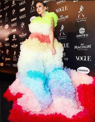 A evolução dos looks de Sabrina Sato no Baile da Vogue