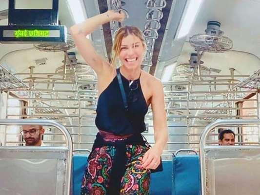 De férias após novela, Grazi Massafera curte viagem na Índia