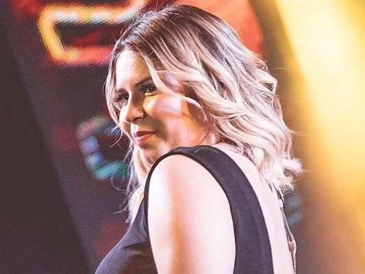 Marília Mendonça compara rosto durante gravidez e após dieta em foto postada nesta terça-feira, dia 11 de fevereiro de 2020