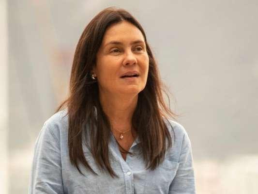 Nos próximos capítulos da novela 'Amor de Mãe', Thelma (Adriana Esteves) confirma que Danilo (Chay Suede) foi adotado quando criança