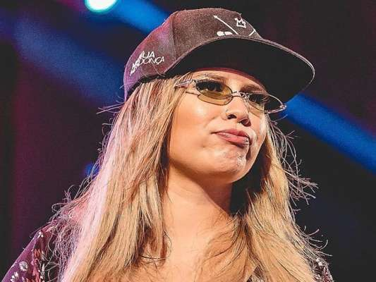 Marília Mendonça falou sobre look após gravidez nesta quarta-feira, 12 de fevereiro de 2020