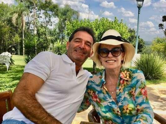 Ana Maria Braga vai se casar na igreja com o empresário francês Johnny Lucet, em 15 de fevereiro de 2020