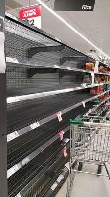Supermercados vazios na Austrália após coronavírus