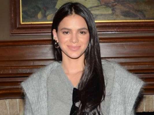 Bruna Marquezine é chamada de 'racista' e se defende de nova polêmica na internet