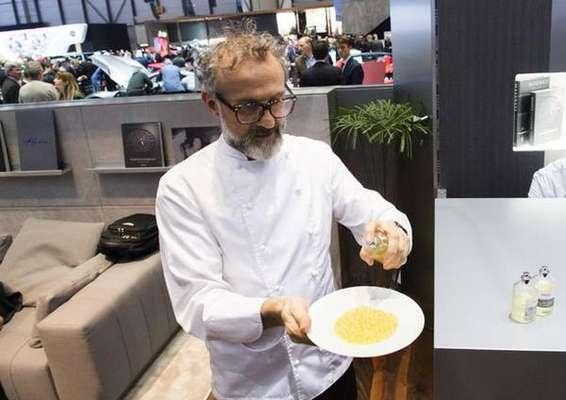 Restaurante e hotel de Massimo Bottura estão em lista de experiências a serem leiloadas