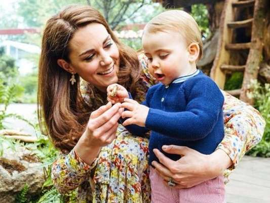 Kate Middleton aponta dificuldade do filho caçula, Louis, com isolamento. Veja!