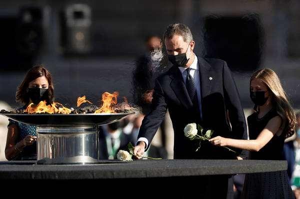 Espanha fez cerimônia formal pelas vítimas da Covid-19 no país