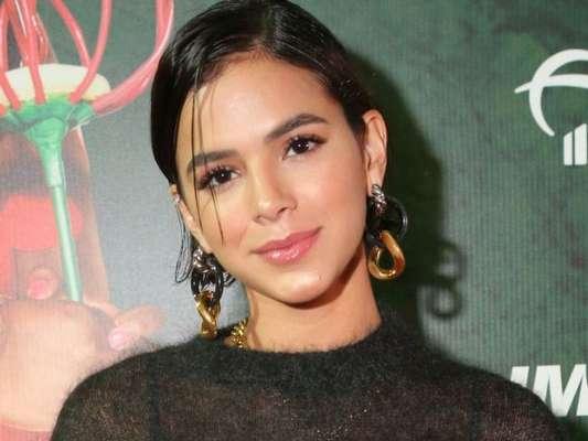 Bruna Marquezine faz festa online para comemorar seus 25 anos