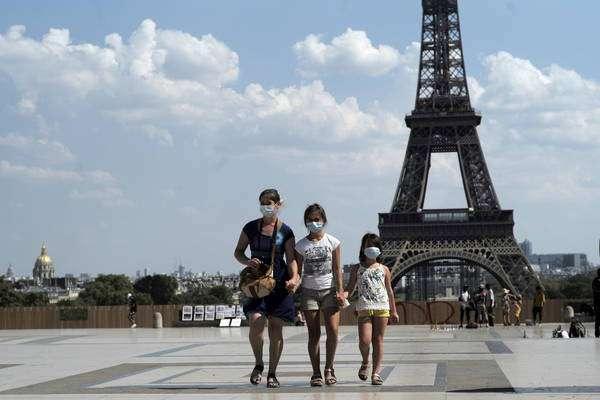 Uso de máscaras será obrigatório em Paris