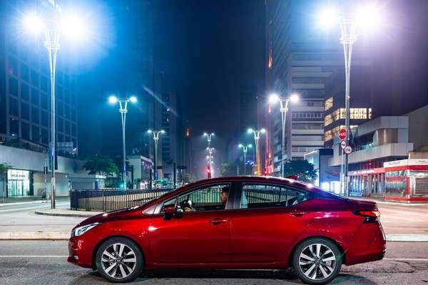 Nissan Versa Exclusive 1.6 CVT Xtronic.