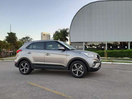 Hyundai Creta Smart Plus 1.6 AT.