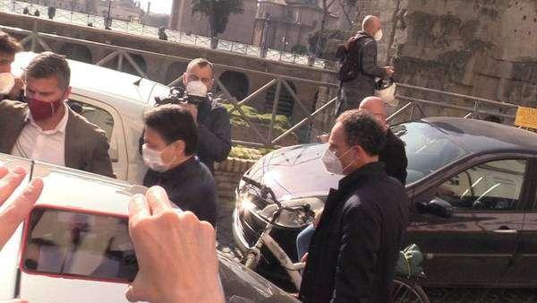 Partido pode conceder liderança para Giuseppe Conte