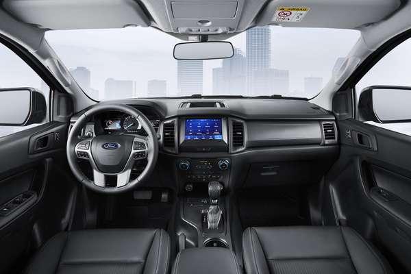 Ford Ranger Black 2.2 Diesel 4x2 AT6.