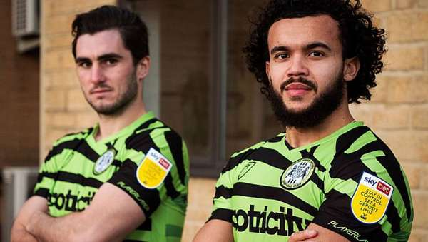 Forest Green Rovers - Veganismo e uniforme de sobra de café: conheça o Forest Green Rovers, o clube mais verde do mundo.