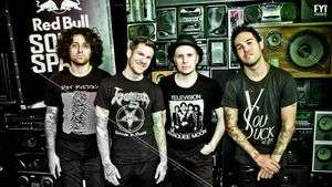 Fall Out Boy se aleja del punk y se renueva con M A N I A