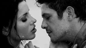 Music Video: Alejandro Sanz, 'No me Compares'
